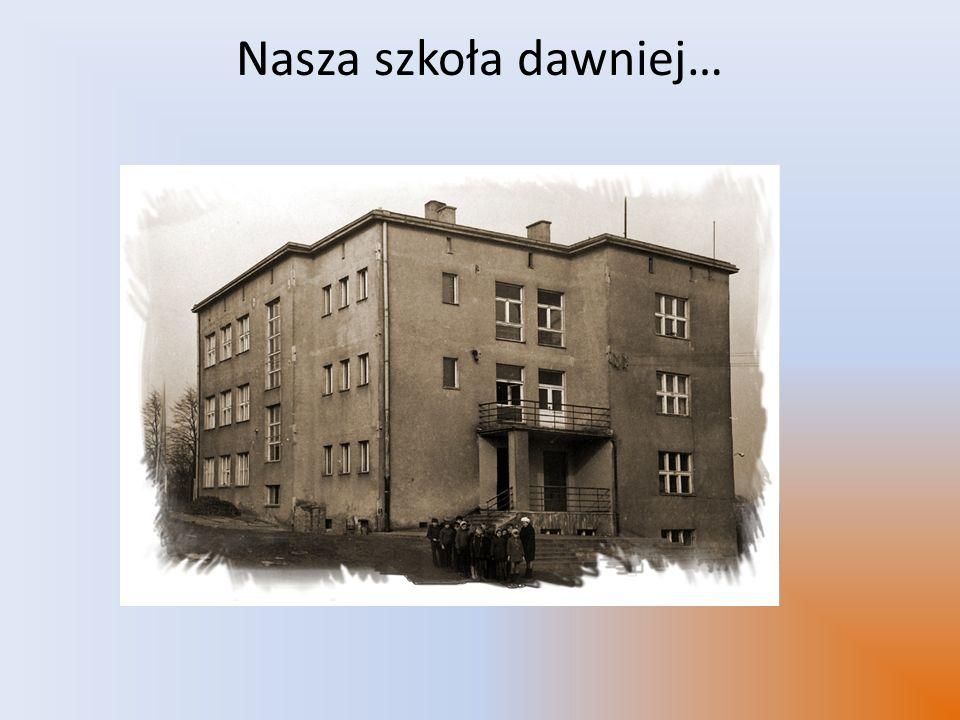 Historia szkoły Nasza szkoła wybudowana została w 1938 roku.