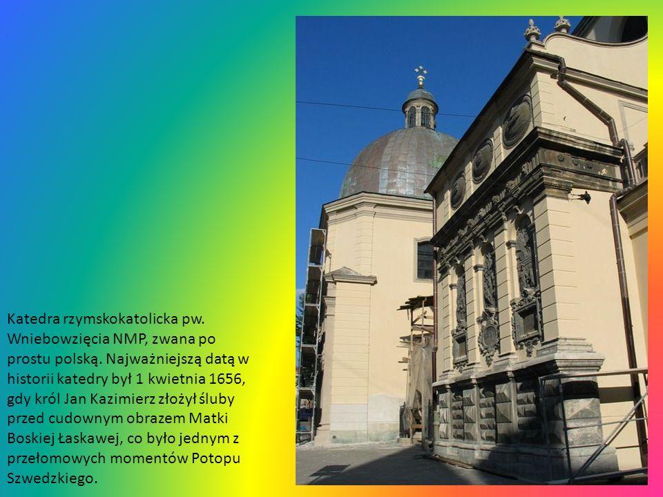 Chrystus Frasobliwy na latarni Kaplicy Boimów koło katedry. Kiedyś miało to być mauzoleum grobowe dla bogatego sukiennika, wzorowane na kaplicy Zygmun