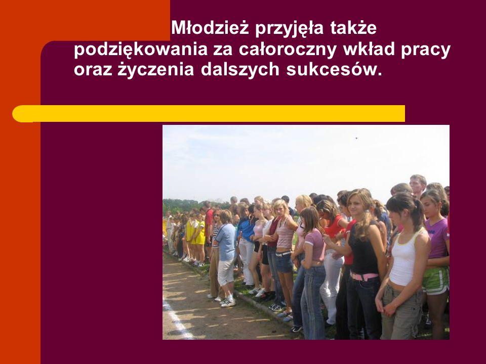 Na uroczystym zakończeniu tegorocznego cyklu Złotej szóstki władze miasta reprezentował pan M Grynkiewicz, a SZS jego prezes- pan Jacek Hubert.