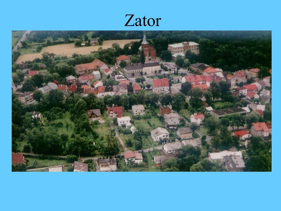 Położenie geograficzne Zatora Zator – miasteczko o 700 – letniej historii, położone w województwie małopolskim, na wschodnim skraju Kotliny Oświęcimskiej u stóp Pogórza Karpackiego nad rzeką Skawą.