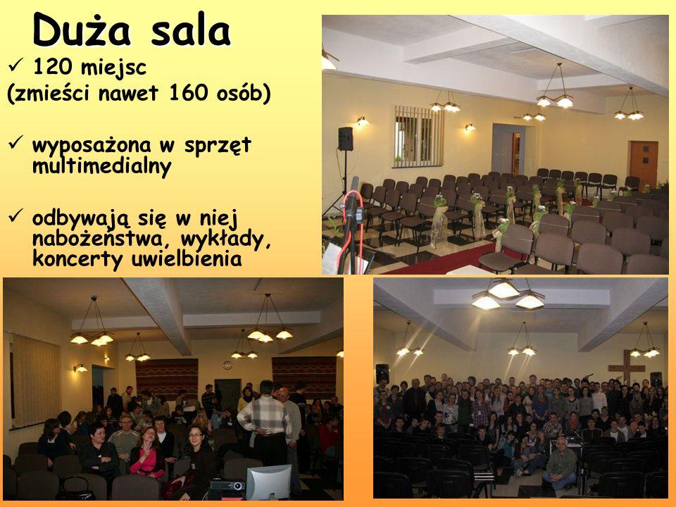 120 miejsc (zmieści nawet 160 osób) wyposażona w sprzęt multimedialny odbywają się w niej nabożeństwa, wykłady, koncerty uwielbienia Duża sala