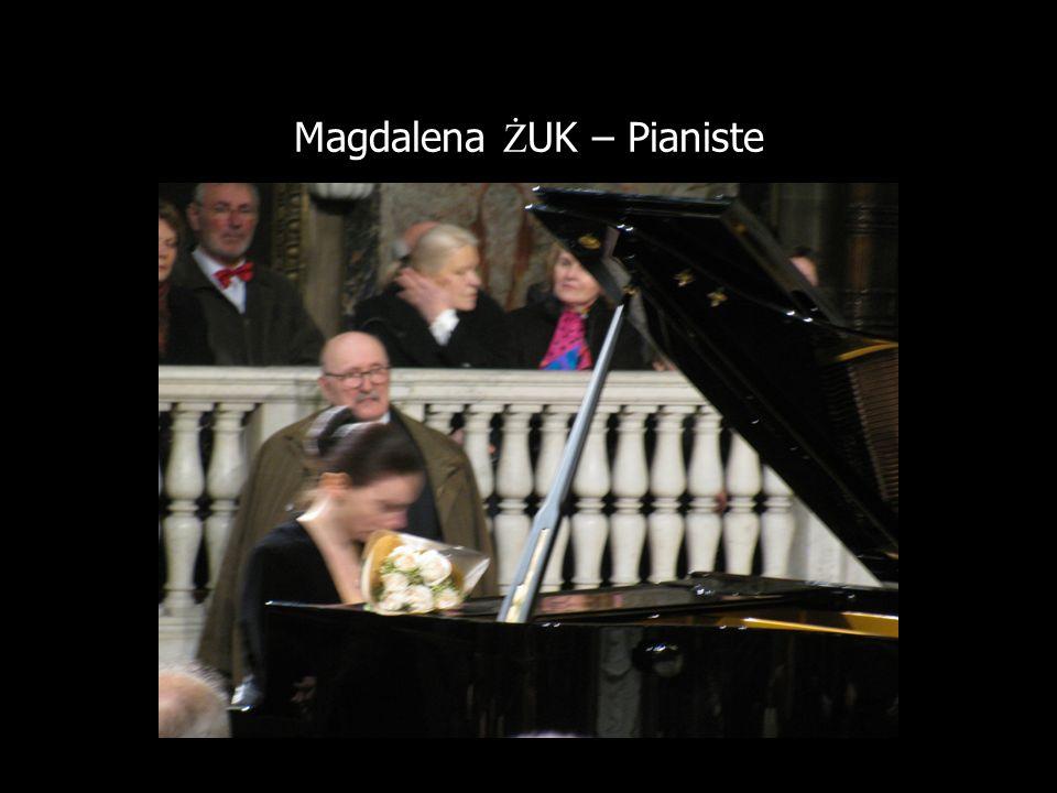 Magdalena Ż UK – Pianiste