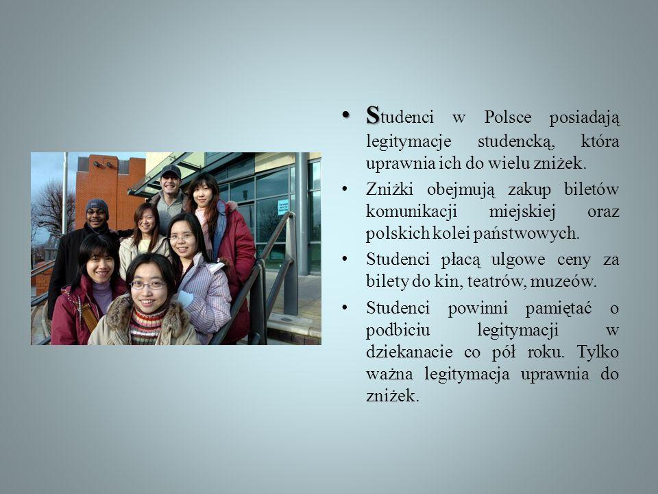 S S tudenci w Polsce posiadają legitymacje studencką, która uprawnia ich do wielu zniżek. Zniżki obejmują zakup biletów komunikacji miejskiej oraz pol