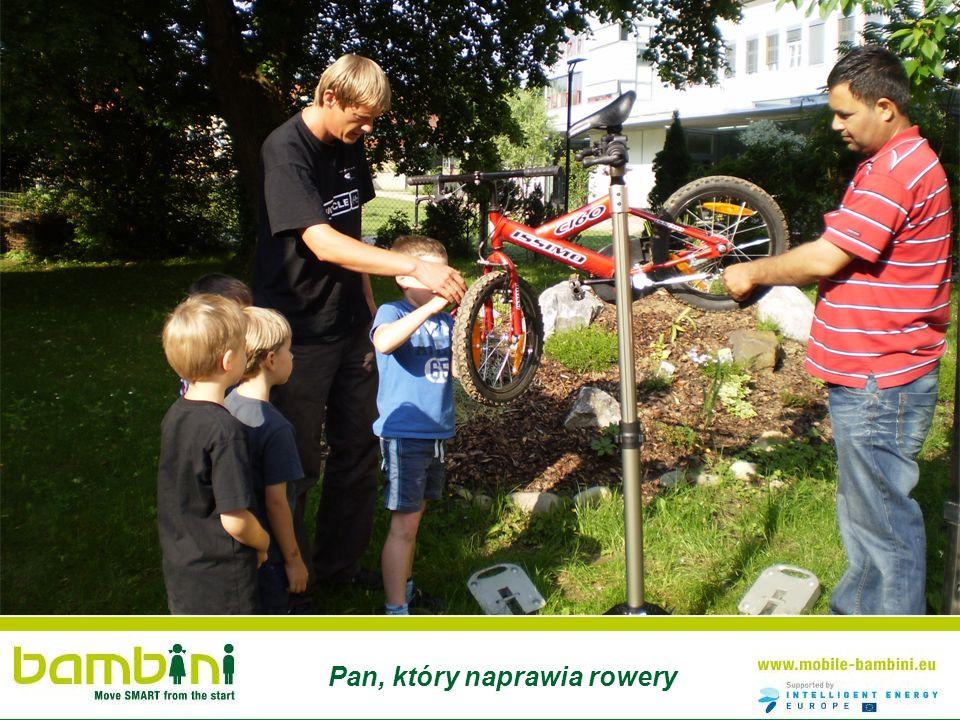 Pan, który naprawia rowery