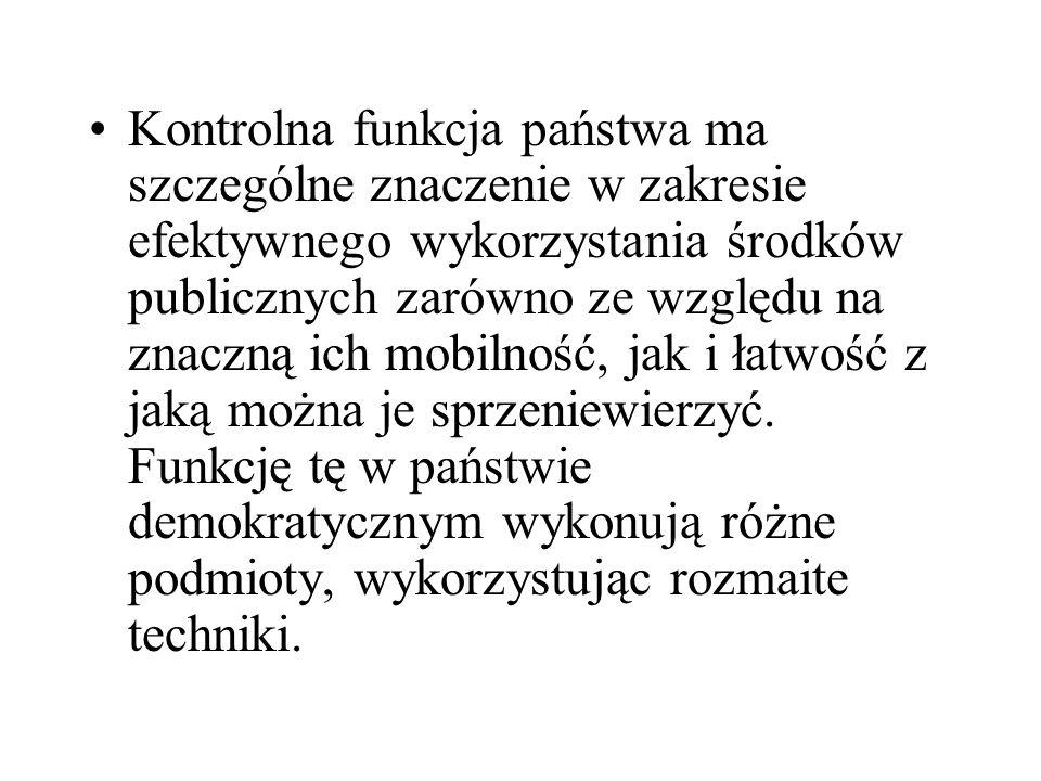 Wiąże się ona z określonymi w Konstytucji RP prerogatywami Prezydenta do: podpisywania ustaw dotyczących gromadzenia i wydatkowania środków publicznych, możliwości zarządzenia skrócenia kadencji Sejmu, jeżeli budżet państwa nie zostanie uchwalony w ciągu czterech miesięcy od dnia przedłożenia Sejmowi jego projektu, zaskarżania ustaw do Trybunału Konstytucyjnego,