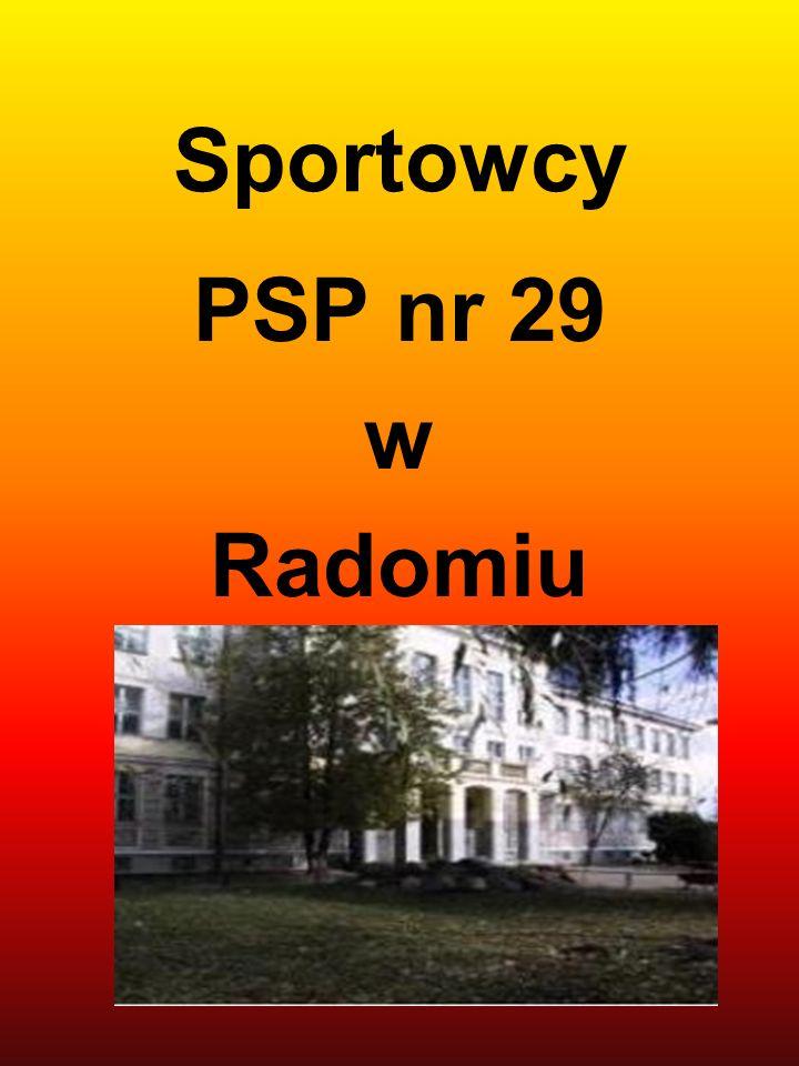 Halowe Mistrzostwa Radomia w Lekkiej Atletyce. PATRYK LIS - I MIEJSCE w rzucie piłką lekarską