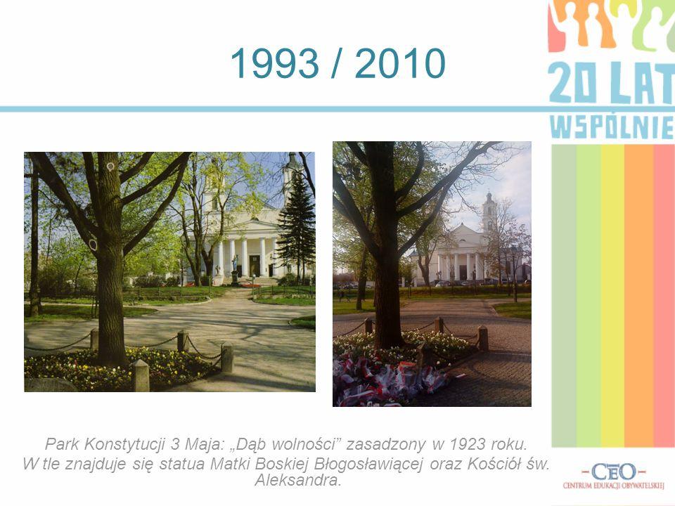 1993 / 2010 Park Konstytucji 3 Maja: Dąb wolności zasadzony w 1923 roku. W tle znajduje się statua Matki Boskiej Błogosławiącej oraz Kościół św. Aleks