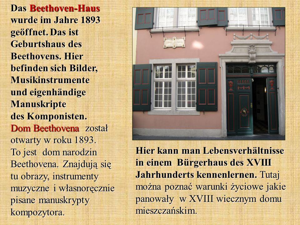 Hier kann man Lebensverhältnisse in einem Bürgerhaus des XVIII Jahrhunderts kennenlernen. Tutaj można poznać warunki życiowe jakie panowały w XVIII wi