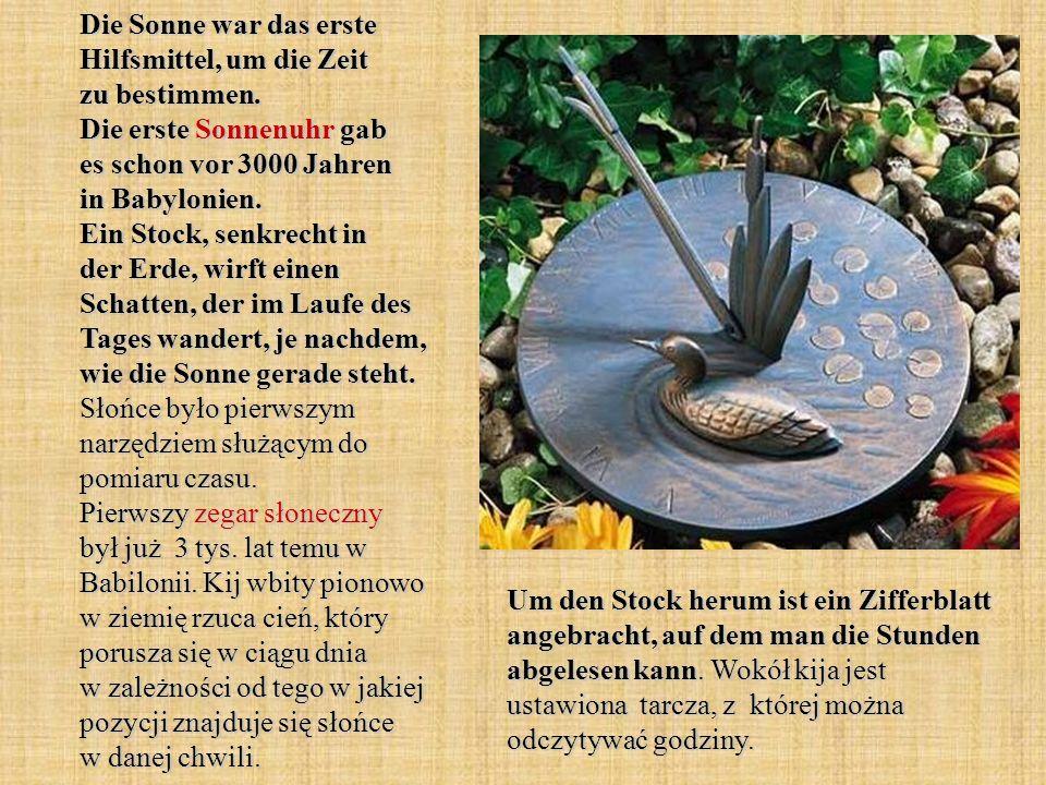 Die astronomische Uhr in Prag befindet sich am Rathaus am Altstädter Ring.