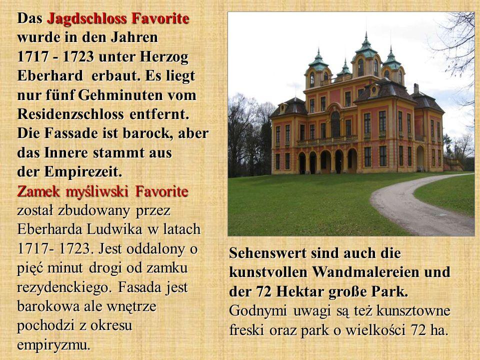 Sehenswert sind auch die kunstvollen Wandmalereien und der 72 Hektar große Park. Godnymi uwagi są też kunsztowne freski oraz park o wielkości 72 ha. D