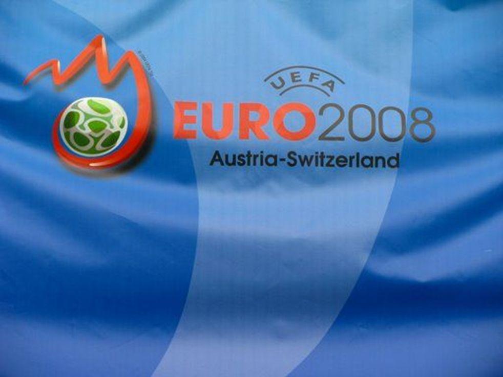 Profil kibica EURO 2008 Młodzi ludzie w wieku 20-35 lat.