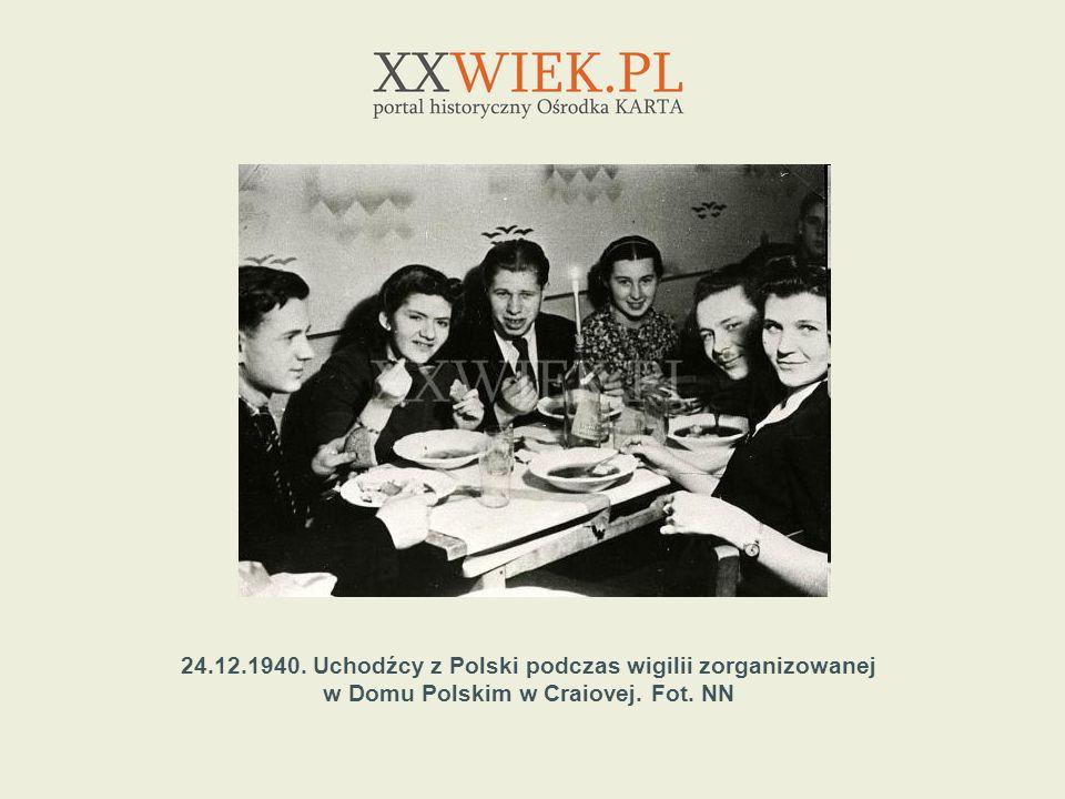 24.12.1940. Uchodźcy z Polski podczas wigilii zorganizowanej w Domu Polskim w Craiovej. Fot. NN