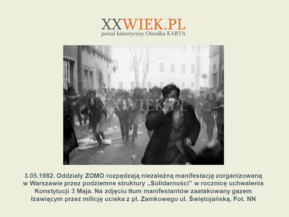 3.05.1982. Oddziały ZOMO rozpędzają niezależną manifestację zorganizowaną w Warszawie przez podziemne struktury Solidarności w rocznicę uchwalenia Kon
