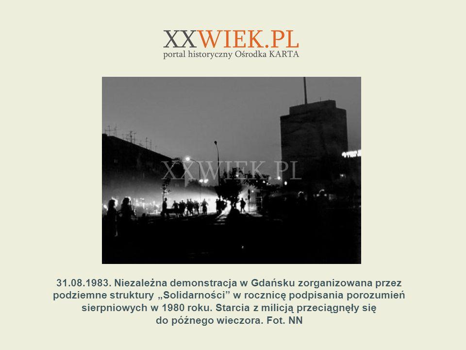 31.08.1983. Niezależna demonstracja w Gdańsku zorganizowana przez podziemne struktury Solidarności w rocznicę podpisania porozumień sierpniowych w 198