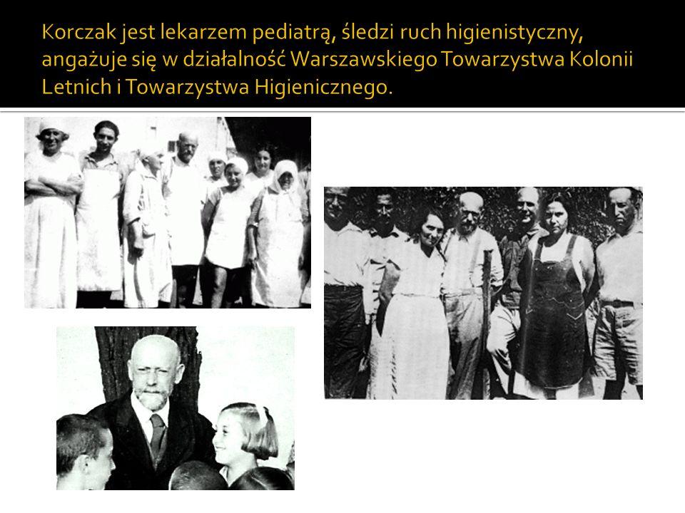7 października 1912 roku Janusz Korczak zostaje dyrektorem Domu Sierot przy ulicy Krochmalnej 92 w Warszawie – placówki opiekuńczej dla dzieci żydowskich.