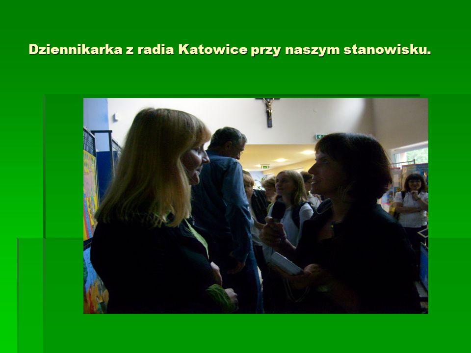 Dziennikarka z radia Katowice przy naszym stanowisku.