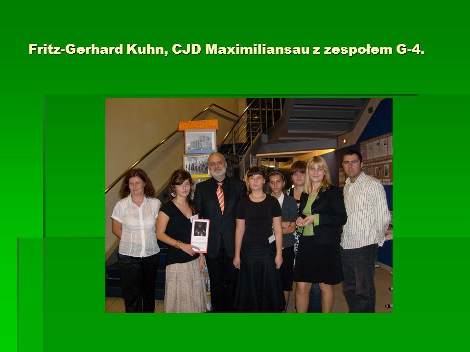 Fritz-Gerhard Kuhn, CJD Maximiliansau z zespołem G-4.