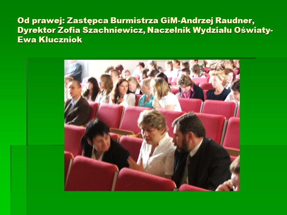 Od prawej: Zastępca Burmistrza GiM-Andrzej Raudner, Dyrektor Zofia Szachniewicz, Naczelnik Wydziału Oświaty- Ewa Kluczniok