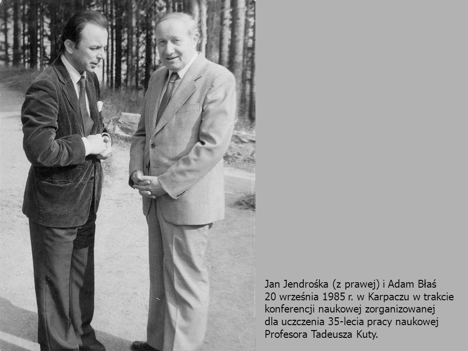 Jan Jendrośka (z prawej) i Adam Błaś 20 września 1985 r. w Karpaczu w trakcie konferencji naukowej zorganizowanej dla uczczenia 35-lecia pracy naukowe