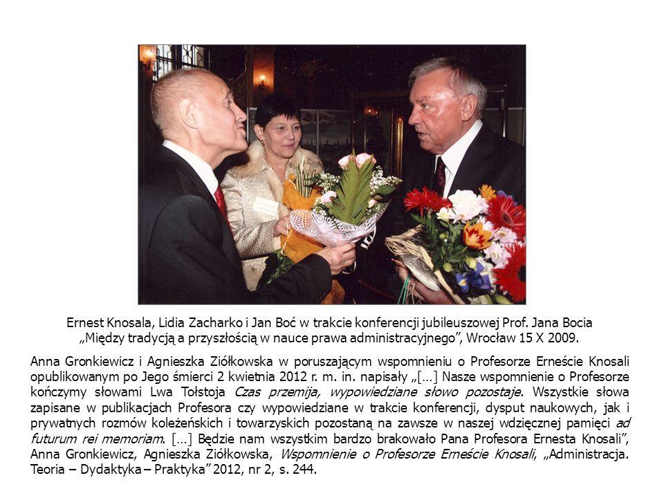 Ernest Knosala, Lidia Zacharko i Jan Boć w trakcie konferencji jubileuszowej Prof.