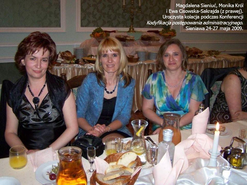 Magdalena Sieniuć, Monika Król i Ewa Cisowska-Sakrajda (z prawej).