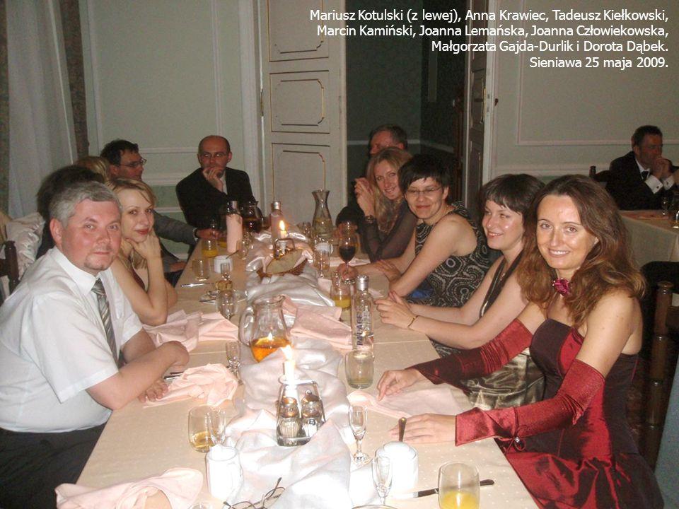 Mariusz Kotulski (z lewej), Anna Krawiec, Tadeusz Kiełkowski, Marcin Kamiński, Joanna Lemańska, Joanna Człowiekowska, Małgorzata Gajda-Durlik i Dorota Dąbek.