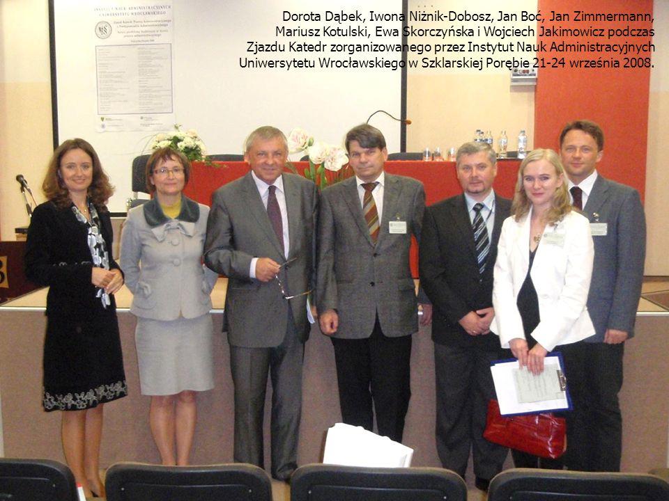 Dorota Dąbek, Iwona Niżnik-Dobosz, Jan Boć, Jan Zimmermann, Mariusz Kotulski, Ewa Skorczyńska i Wojciech Jakimowicz podczas Zjazdu Katedr zorganizowanego przez Instytut Nauk Administracyjnych Uniwersytetu Wrocławskiego w Szklarskiej Porębie 21-24 września 2008.
