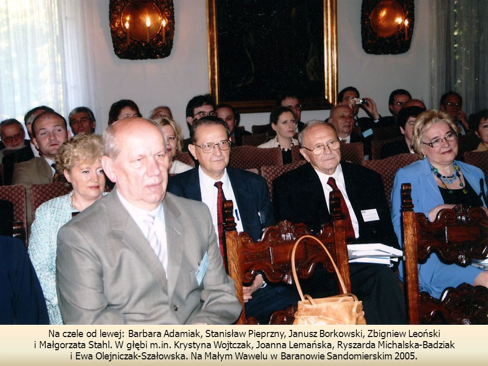 Na czele od lewej: Barbara Adamiak, Stanisław Pieprzny, Janusz Borkowski, Zbigniew Leoński i Małgorzata Stahl.