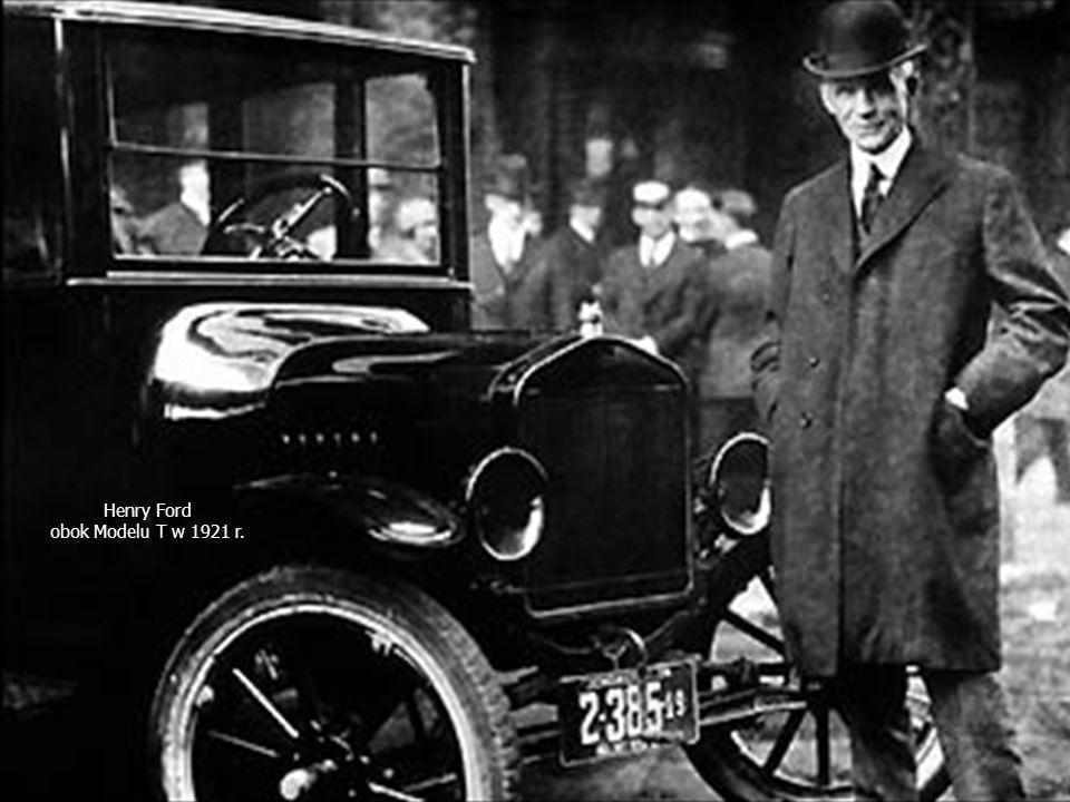 Projektowe uwarunkowania struktury organizacyjnej dr hab. Jerzy Supernat Henry Ford obok Modelu T w 1921 r.