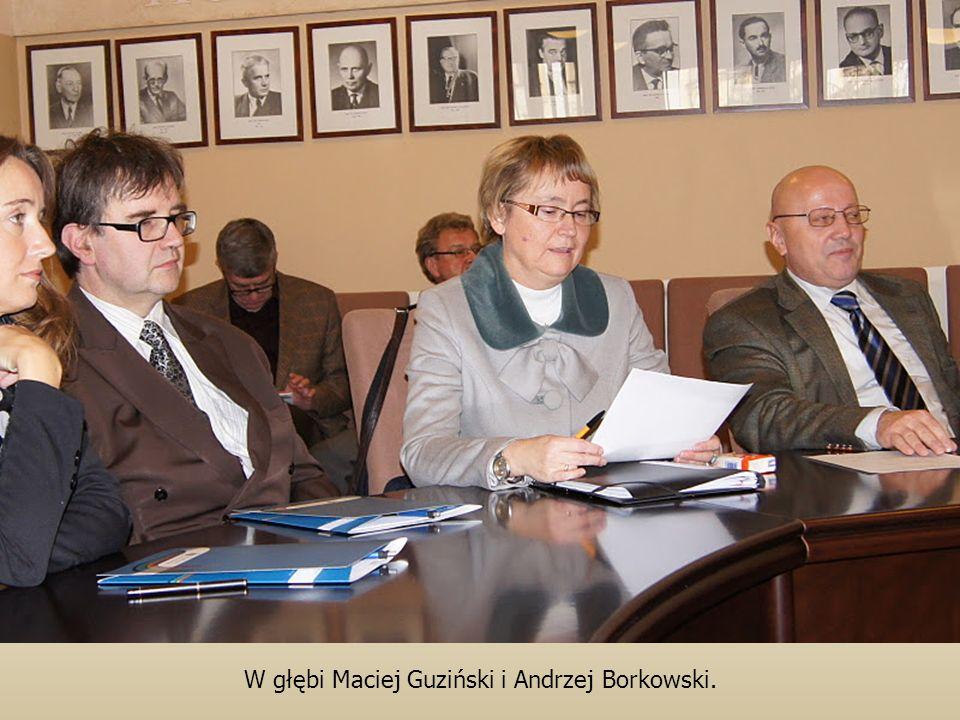 W głębi Maciej Guziński i Andrzej Borkowski.