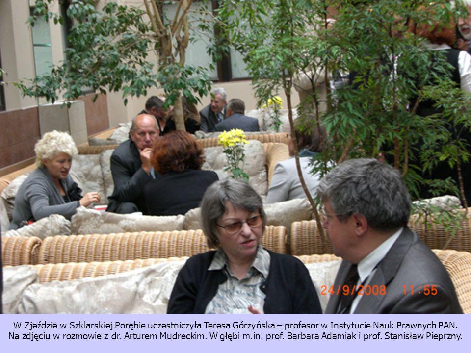 W Zjeździe w Szklarskiej Porębie uczestniczyła Teresa Górzyńska – profesor w Instytucie Nauk Prawnych PAN. Na zdjęciu w rozmowie z dr. Arturem Mudreck