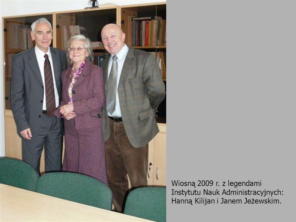 W trakcie nieformalnego spotkania w Zakładzie Nauki Administracji 4 listopada 1998 r.