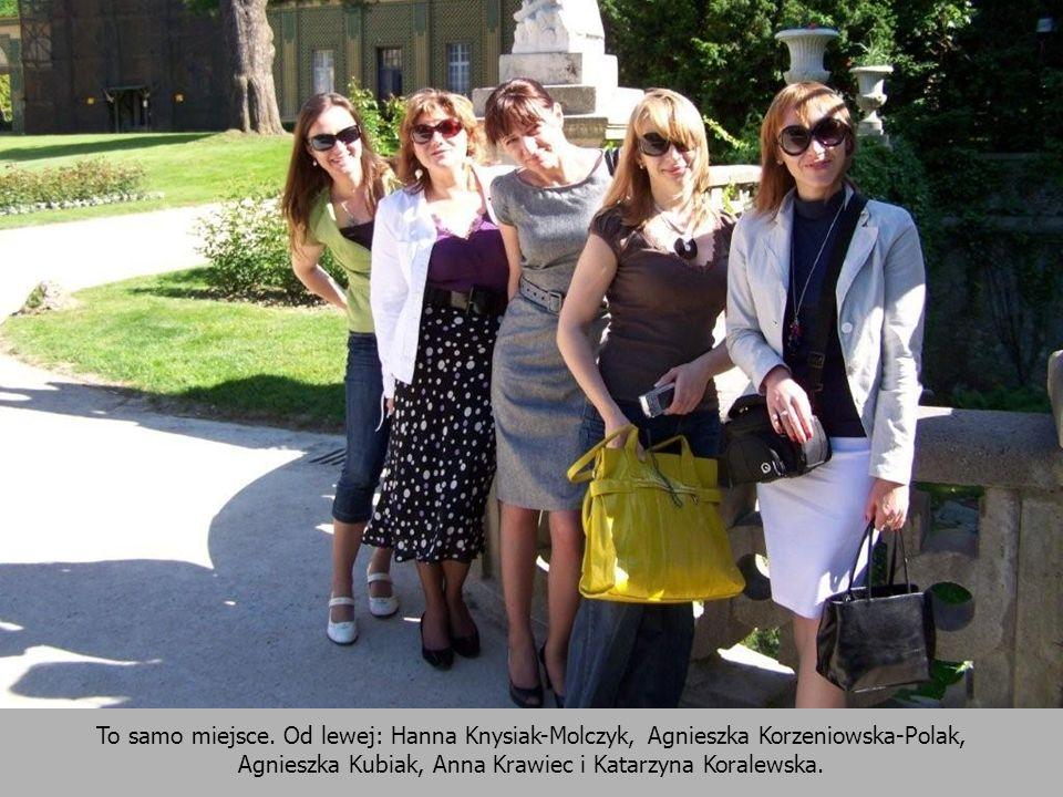 To samo miejsce. Od lewej: Hanna Knysiak-Molczyk, Agnieszka Korzeniowska-Polak, Agnieszka Kubiak, Anna Krawiec i Katarzyna Koralewska.
