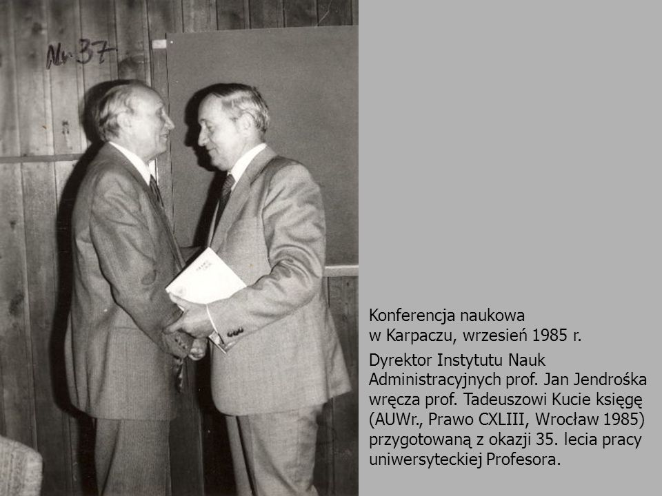 Janusz Niczyporuk Sieniawa nie spadła nam oczywiście z nieba.