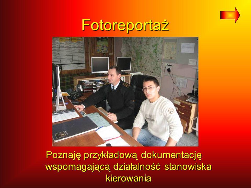 Fotoreportaż Poznaję przykładową dokumentację wspomagającą działalność stanowiska kierowania