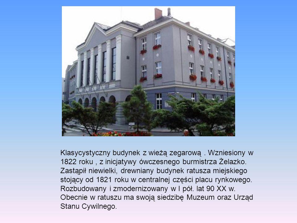 Zbudowany w 1717r przez cieślę Jakuba Sedlaczka z Gliwic.