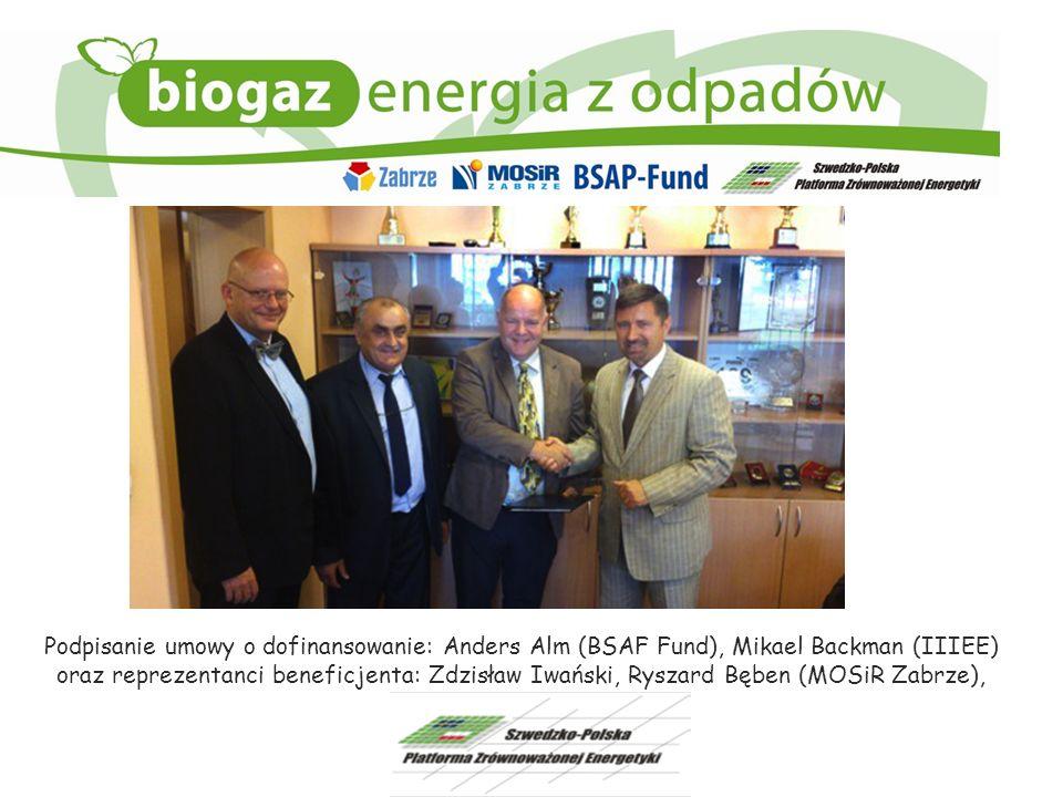 Podpisanie umowy o dofinansowanie: Anders Alm (BSAF Fund), Mikael Backman (IIIEE) oraz reprezentanci beneficjenta: Zdzisław Iwański, Ryszard Bęben (MO