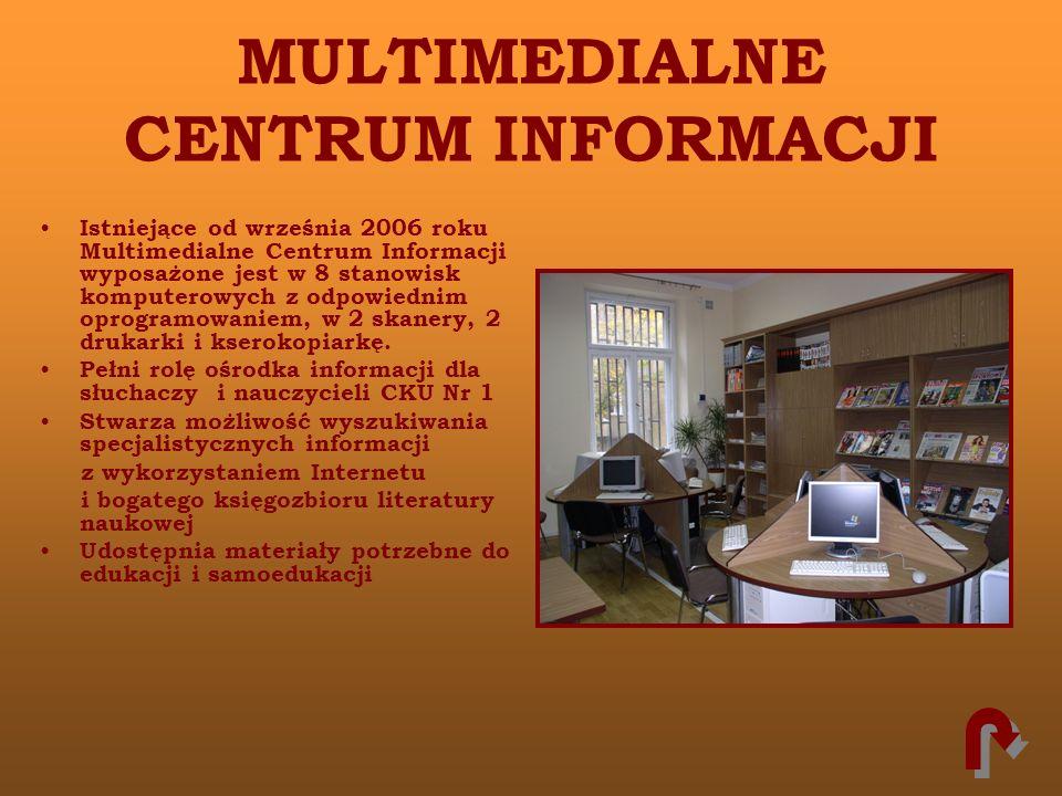 MULTIMEDIALNE CENTRUM INFORMACJI Istniejące od września 2006 roku Multimedialne Centrum Informacji wyposażone jest w 8 stanowisk komputerowych z odpow