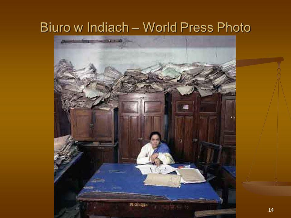 14 Biuro w Indiach – World Press Photo