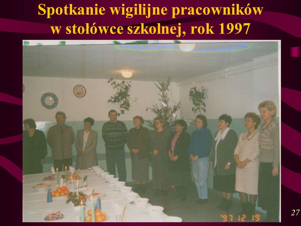 Spotkanie wigilijne pracowników w stołówce szkolnej, rok 1997 27