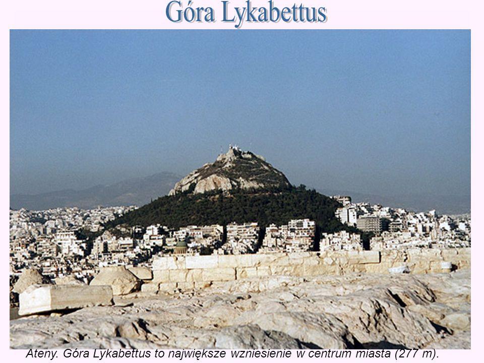 Ateny. Góra Lykabettus to największe wzniesienie w centrum miasta (277 m).