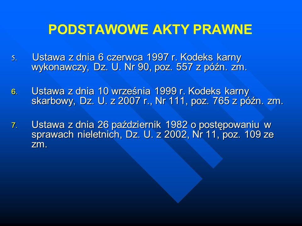 Zarys historii prawa karnego Prawo karne w Polsce W Rzeczpospolitej szlacheckiej przestępstwa dzielą się na publiczne (przeciwko panującemu, państwu, instytucjom publicznym, religii) i prywatne przeciwko osobom prywatnym (przeciwko życiu i zdrowiu, przeciwko wolności i czci, porwanie, przeciwko mieniu).