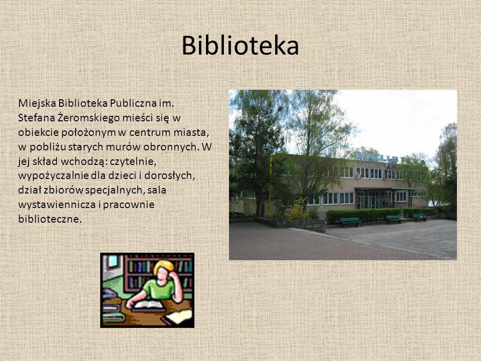 Biblioteka Miejska Biblioteka Publiczna im. Stefana Żeromskiego mieści się w obiekcie położonym w centrum miasta, w pobliżu starych murów obronnych. W