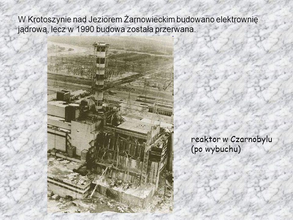 W Krotoszynie nad Jeziorem Żarnowieckim budowano elektrownię jądrową, lecz w 1990 budowa została przerwana. reaktor w Czarnobylu (po wybuchu)