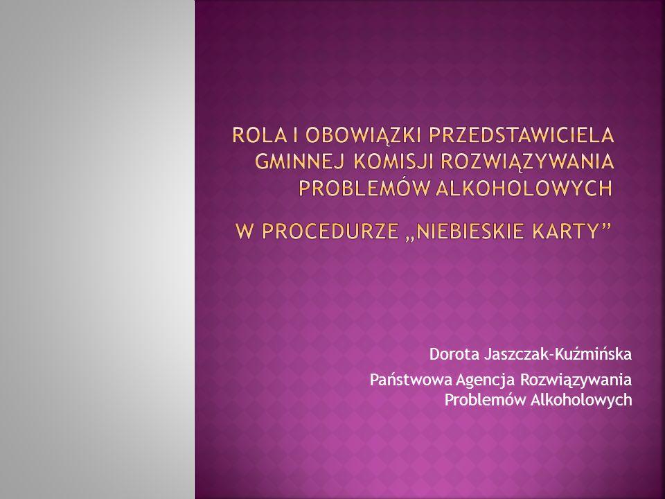 Działania związane z pomocą rodzinom z problemem przemocy były podejmowane w Polsce od 1996 roku na podstawie znowelizowanej ustawy o wychowaniu w trzeźwości i przeciwdziałaniu alkoholizmowi, do której został wprowadzony artykuł określający, iż zadaniem własnym gminy jest Udzielanie członkom rodzin z problemem alkoholowym pomocy psychospołecznej i prawnej, a w szczególności ochrony przed przemocą Zasoby zbudowane w systemie rozwiązywania problemów alkoholowych są dostępne dla wszystkich, niezależnie od występowania w ich rodzinie problemu alkoholowego