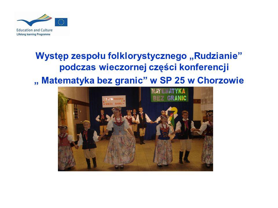 Występ zespołu folklorystycznego Rudzianie podczas wieczornej części konferencji Matematyka bez granic w SP 25 w Chorzowie