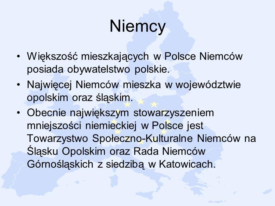 Niemcy Większość mieszkających w Polsce Niemców posiada obywatelstwo polskie. Najwięcej Niemców mieszka w województwie opolskim oraz śląskim. Obecnie