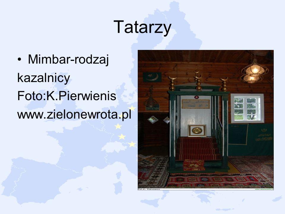 Tatarzy Mimbar-rodzaj kazalnicy Foto:K.Pierwienis www.zielonewrota.pl