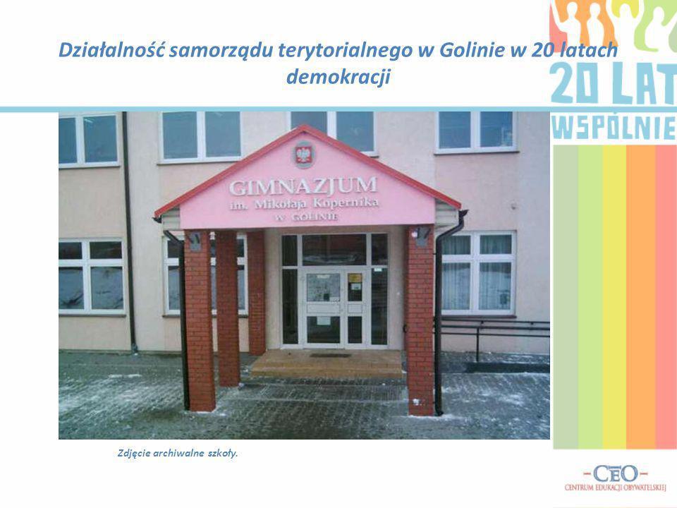 Działalność samorządu terytorialnego w Golinie w 20 latach demokracji Zdjęcie archiwalne szkoły.