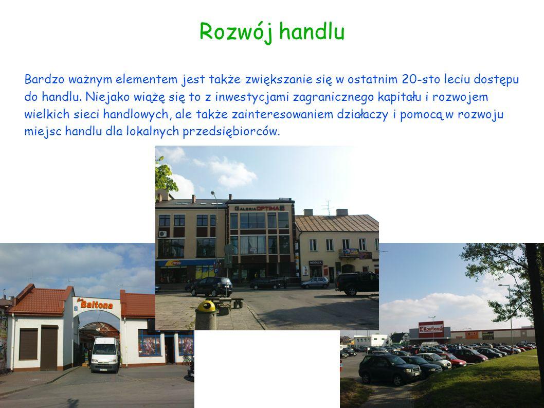 Infrastruktura Położenie gminy Łuków w województwie lubelskim oznacza, że przez miasto wiodą bardzo ważne szlaki komunikacyjne, łączące nasz kraj ze wschodem Europy.